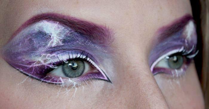 Необычный макияж от Сандры Хольмбом