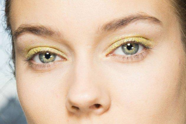embedded_green_glitter_makeup_fall_2014