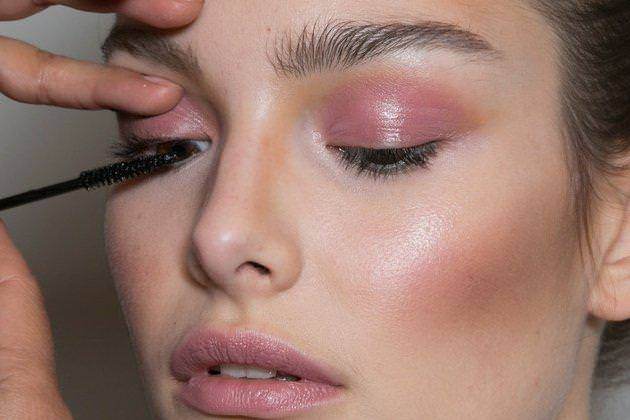 embedded_lilac_eyeshadow_fall_2014