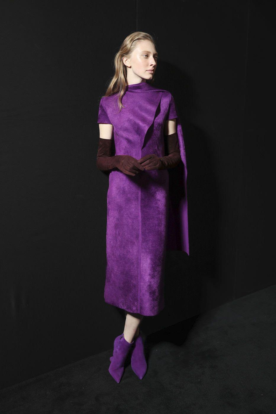 6b39a163f965 Модные платья осень-зима 2017-2018  новинки от дизайнеров   ALL-MODA.COM