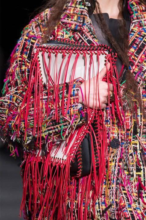 hbz-fw2017-trends-handbags-clutches-mcqueen-clp-rf17-2123