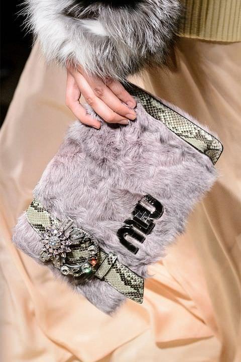 hbz-fw2017-trends-handbags-fur-bags-miu-miu-clp-rf17-4541