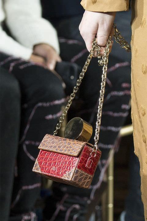 hbz-fw2017-trends-handbags-structured-bags-jason-wu-clp-rf17-1228